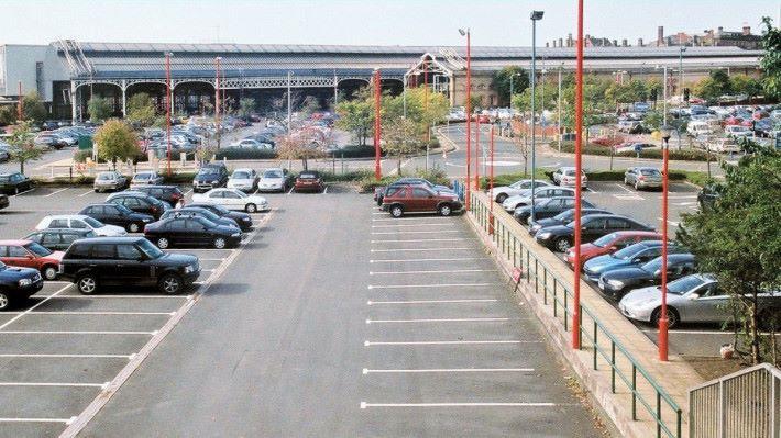 外國的停車場佔地比香港大,很容易忘記把車放在哪裡?