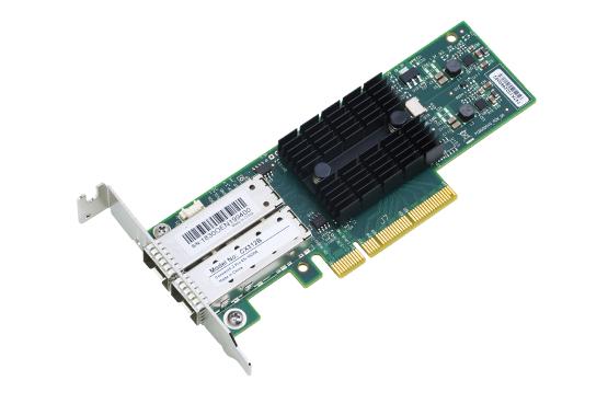 可加插 Synology E10G17_F2 雙 10Gbps SFP+ 擴充卡。