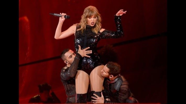 Taylor Swift 一直被狂迷跟蹤和騷擾。