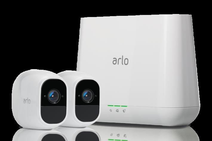 鏡頭以無線接連,安裝簡單又方便。