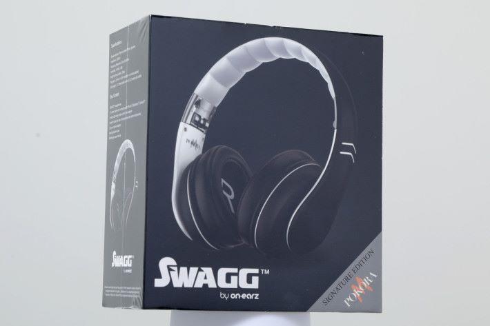 買 ZenBook 送價值 HK$529的 ON.EARZ SWAGG 頭戴式耳筒。