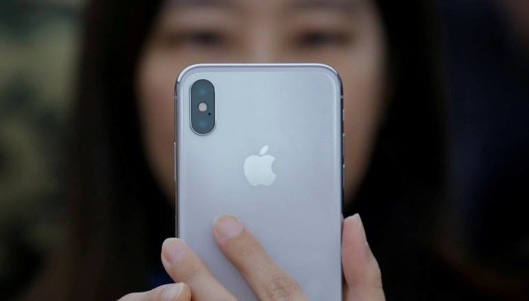USB-C 屏幕 Touch ID 也救不了 iPhone 美國分析師表示 Apple 定價太離地