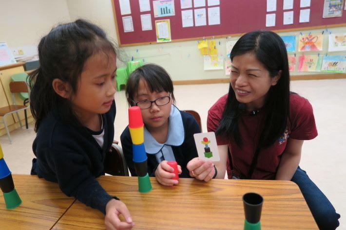 堆砌活動能有效提高兒童專注力。