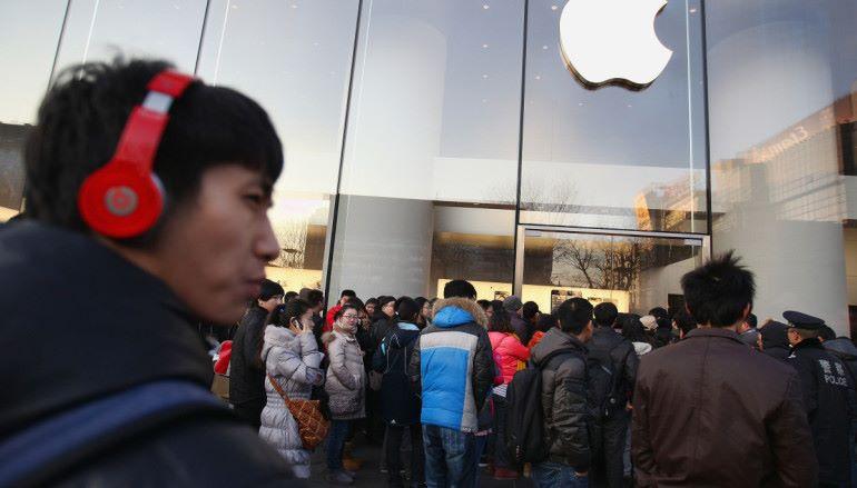 iPhone 中國銷售下跌 Apple 股價仍升
