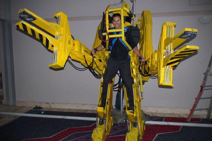 電影中的外骨骼機械人