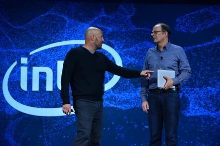 現場邀請 Dell Client Solutions Group President Sam Burd,表示 Dell 已完成 XPS 系列的 Intel 10nm 樣機。