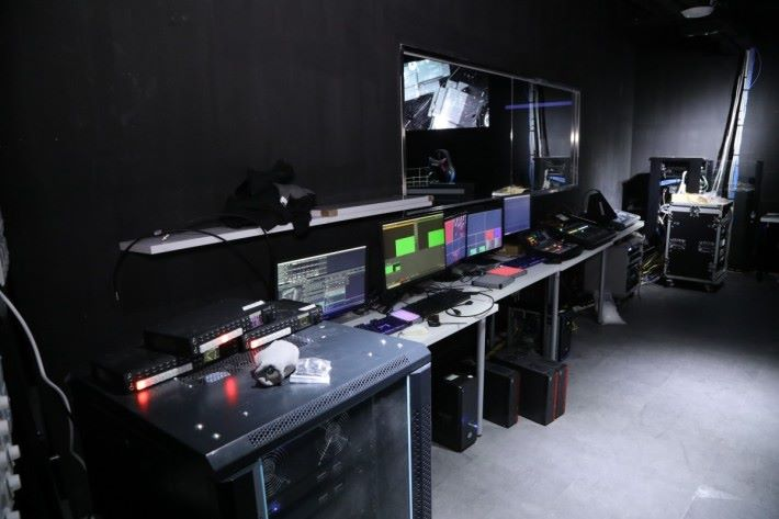 隔離設有 Media Center。
