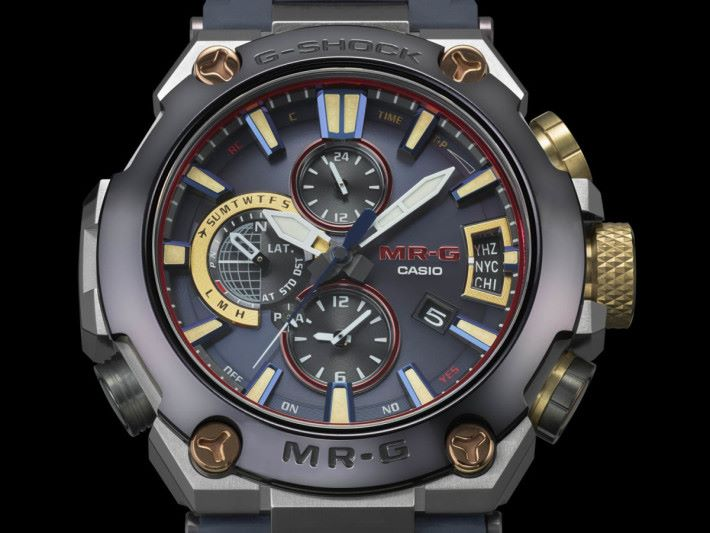 G2000RJ-2A 可透過藍牙連接手機,錶面會即時更新地區及世界時間。