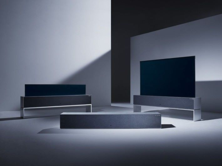 TV R 系列的三個模式,左起 Line View, Zero View 及 Full View 模式。