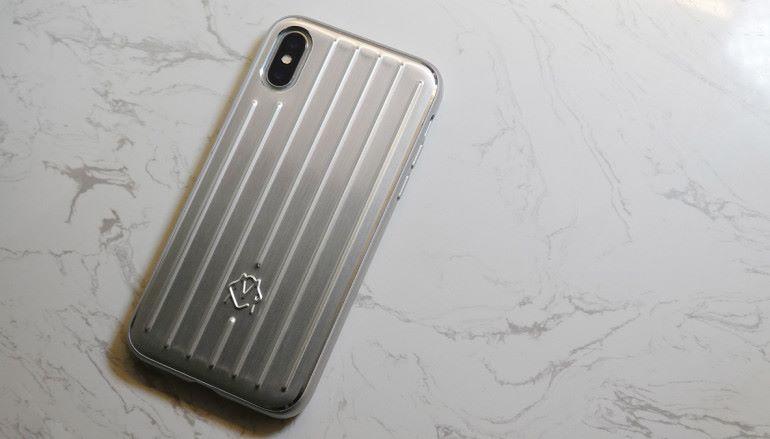 經典設計移植上手 Rimowa Aluminium Groove Case for iPhone 開箱