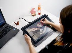 【CES 2019】Wacom 推 Cintiq 入門高清畫板顯示器 售價僅為 Pro 版 1/3
