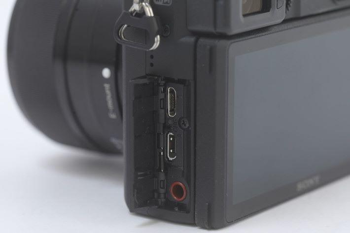 插槽蓋以機械設計,即使長期連接其他裝置亦較耐用。