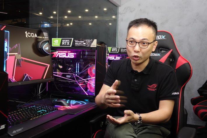 ASUS HK Sr. Product Manager Ivan Fung 接受本刊訪問解釋 ASUS AI 超頻功能的原理