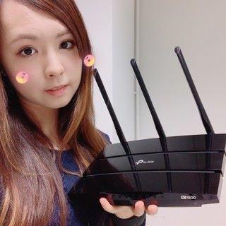 超級抵玩的 4 核心 Router。