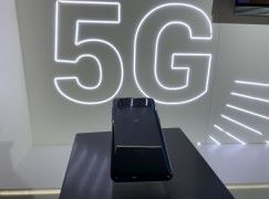 【MWC 2019】小米 Mix 3 5G 手機現場示範 視像通訊仍有時延