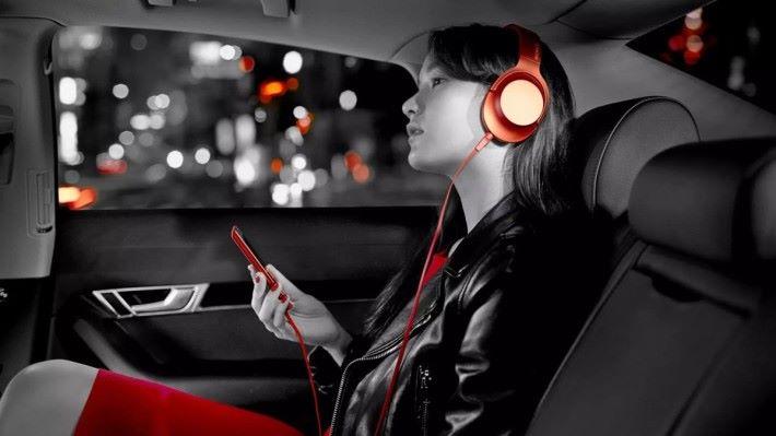 現在 90%的用戶都是以手機或音樂播放器來聽音樂