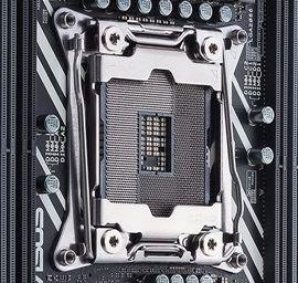 一般砌機的 CPU 都用 LGA 封裝,主機板上具備針腳。