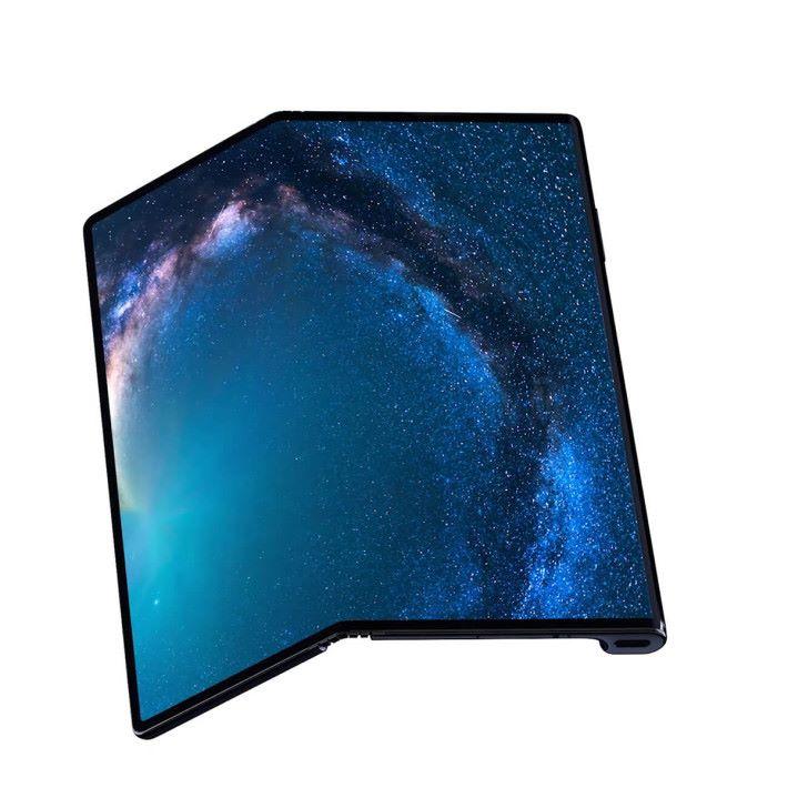 打開之後就會變成一個解像度達 2,480 x2,000 的 8 吋屏幕。
