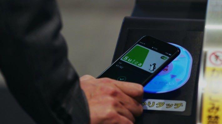 將交通卡綁定在電子錢包,搭車更方便。