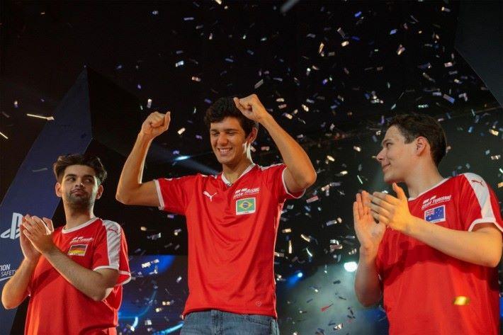 上屆的 Nations Cup ,由巴西的 Igor Fraga (IOF_RACING17) 奪得。