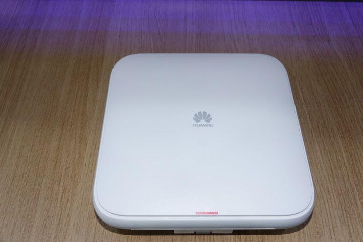 華為新推出 Wi-Fi 6 無線網絡接入點。