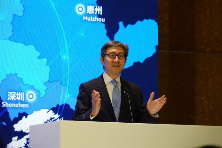 任景信稱,香港有西方熟悉的法制,是在大灣區內的優勢。