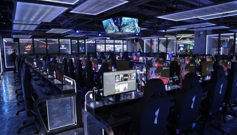 電競中心免取遊戲機中心牌 政府月底公布指引