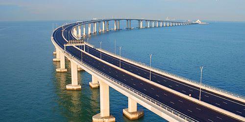 引入銀聯多種付款方式後,最方便是來往港珠澳大橋的跨境旅客。(來源:香港旅遊發展局)