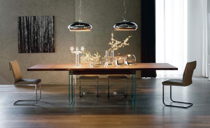獲多個創業和設計獎項的空氣淨化燈 Airluna,內裡的電子零件由 Arwin Technology負責設計。