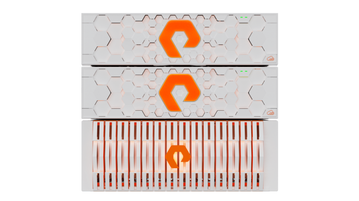 Pure Storage 不但透過 FlashArray//X 系列降低儲存成本,還藉著 ObjectEngine 突破數據備份及復原的速度限制。