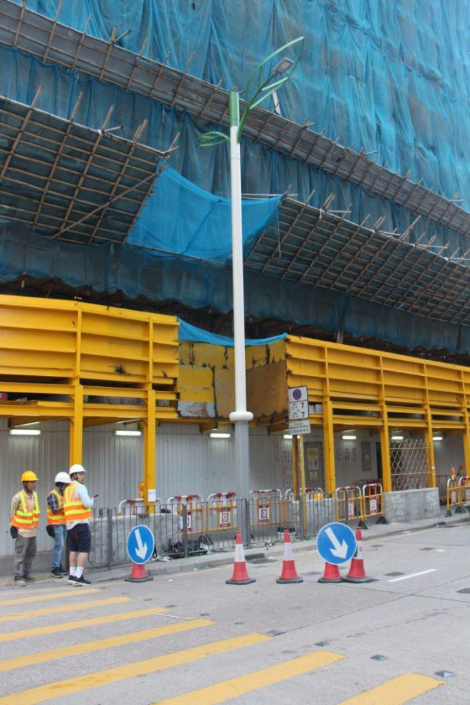 OGCIO 已在九龍灣常悅道開始安裝智能燈柱。