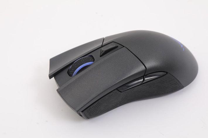 左右側鍵與上方按鈕可自訂指令。