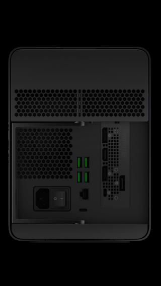 加入四個 USB Type-A 端口及 Gigabit 插口。