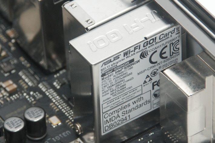 Intel Wireless-AC 9260 模組,最高頻寬達 1.73Gbps。