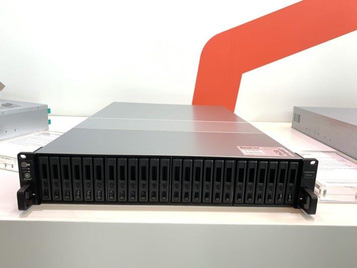 24-Bay,SSD 專用