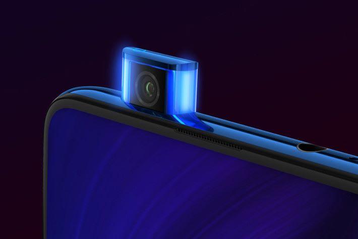 升降式前鏡頭則為 20MP,耐用度達 30萬次。