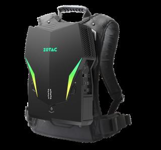 ZOTAC VR Go 3.0 外觀與 2 代相同,同樣配備 RGB 彩燈,主要升級在於用上 9 代 i7-9750H CPU 和 RTX 2070 顯示卡。