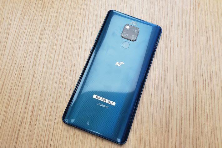今次示範利用了 5G 版 Huawei Mate 20 X 作語音及視像通話,以及速度測試。