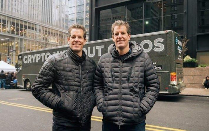 Winklevoss 兄弟曾經與朱克伯格反面,指他偷橋建立 Facebook 王國,如果朱克伯格又為建立加密貨幣而向兩兄弟會談。