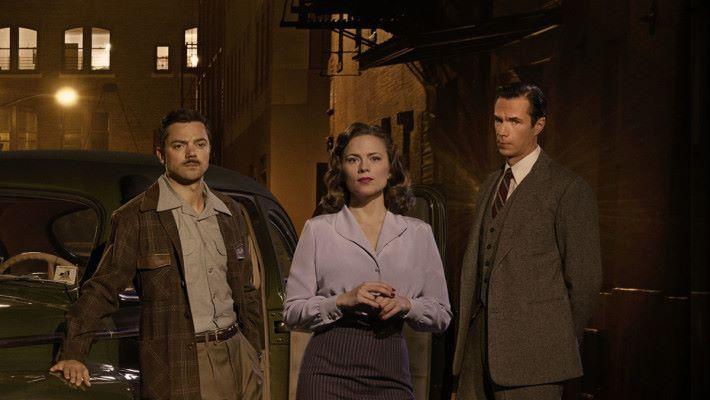 電視劇 Agent Carter 裡面,由 James D'Arcy 的 Jarvis 一直幫助 Peggy Carter 應付不少難關