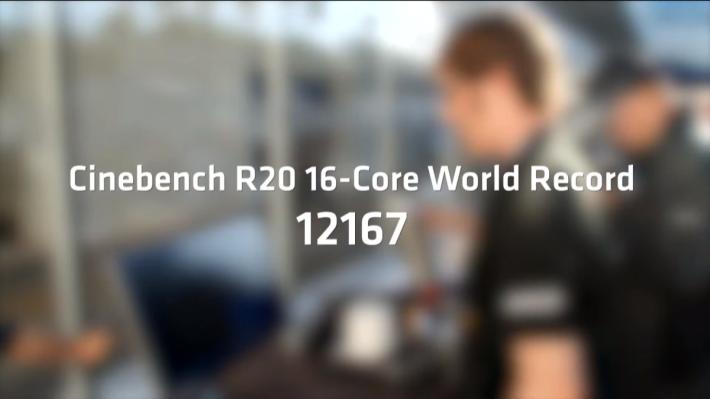 LN2 超頻後《Cinebench R20》得分達 12167cb