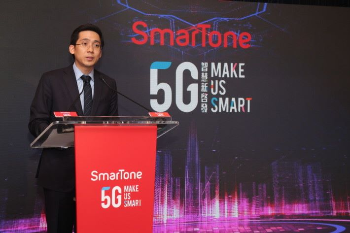 郭基泓預計,數碼通在明年推出 5G 服務,未來數月將在新地商場路演,展示 5G 技術。