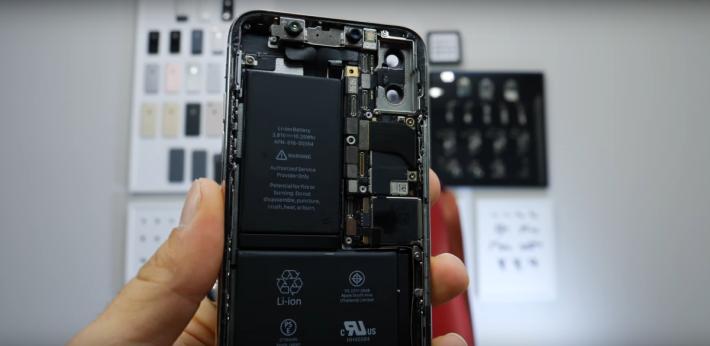 現時 iPhone 的電池是採用 分體式設計...