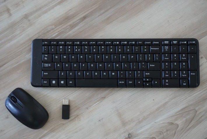 買了新無線鍵盤和滑鼠,記得一定要更新 USB 加密狗的靭體。