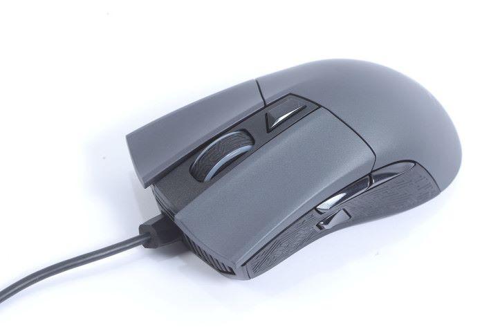 跟機更送 Gaming Mouse,針對電競用家的需要而來。