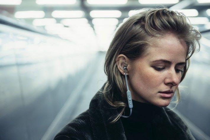 不少運動掛耳都使用掛耳設計