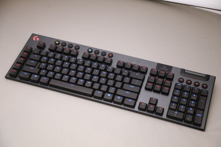 G913 LIGHTSPEED 無線鍵盤
