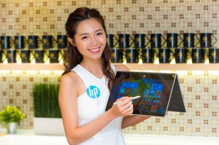 HP Pavilion x360 14筆記簿型電腦,搭配HP Active Stylus觸控筆配合Windows Ink,無論工作或娛樂皆能隨心所欲