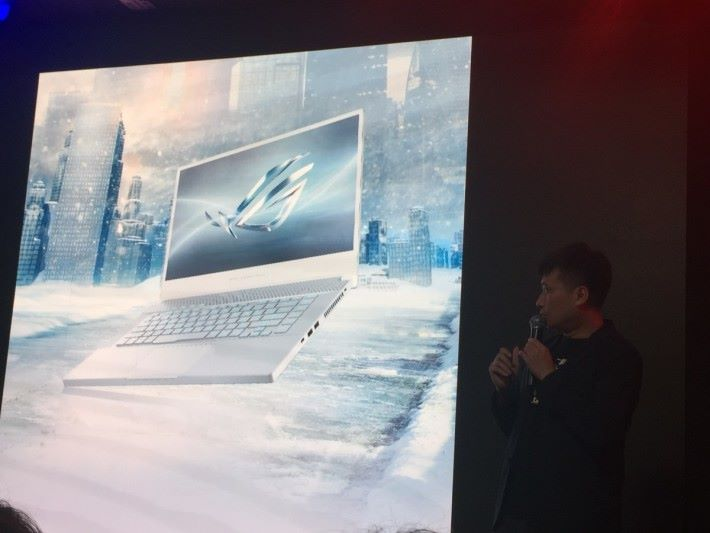 會場將發布全新的 Zephyrus 電競筆電。