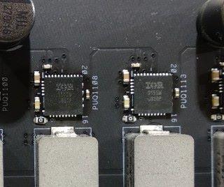 採用 IR3555 60A Dr. MOS 元件